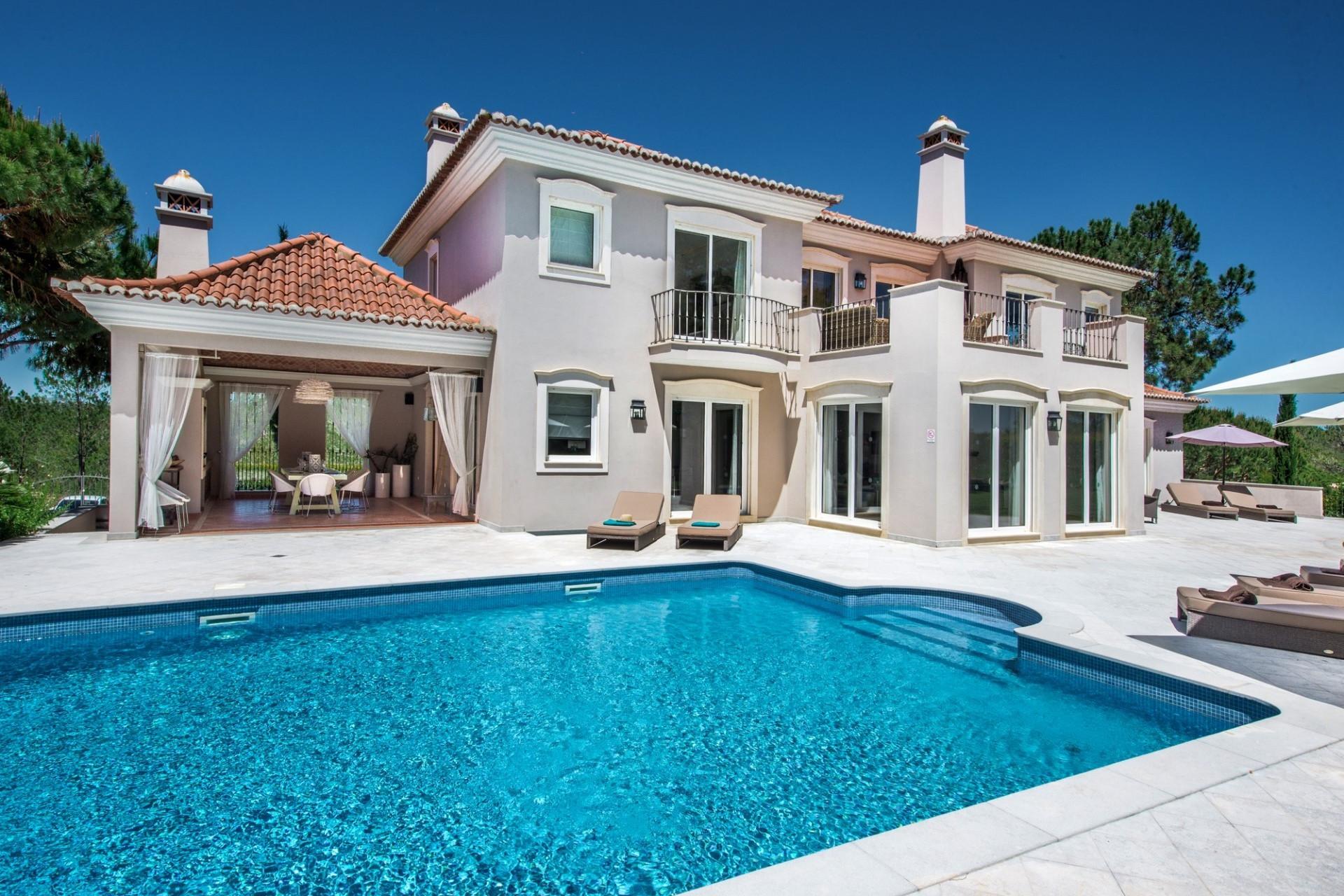 5 Bedroom Villa Quinta do Lago Pool & Walking Distance To Amenities