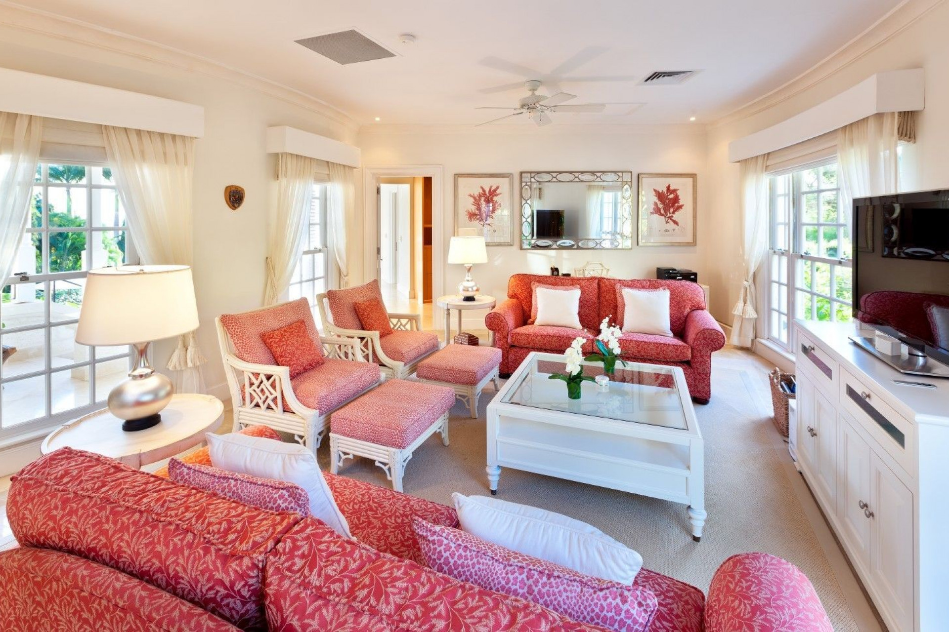 Red Luxury Lounge 5 Bedroom Villa Sugar Hill, Barbados with Private Pool, Putting Green & Sea Views