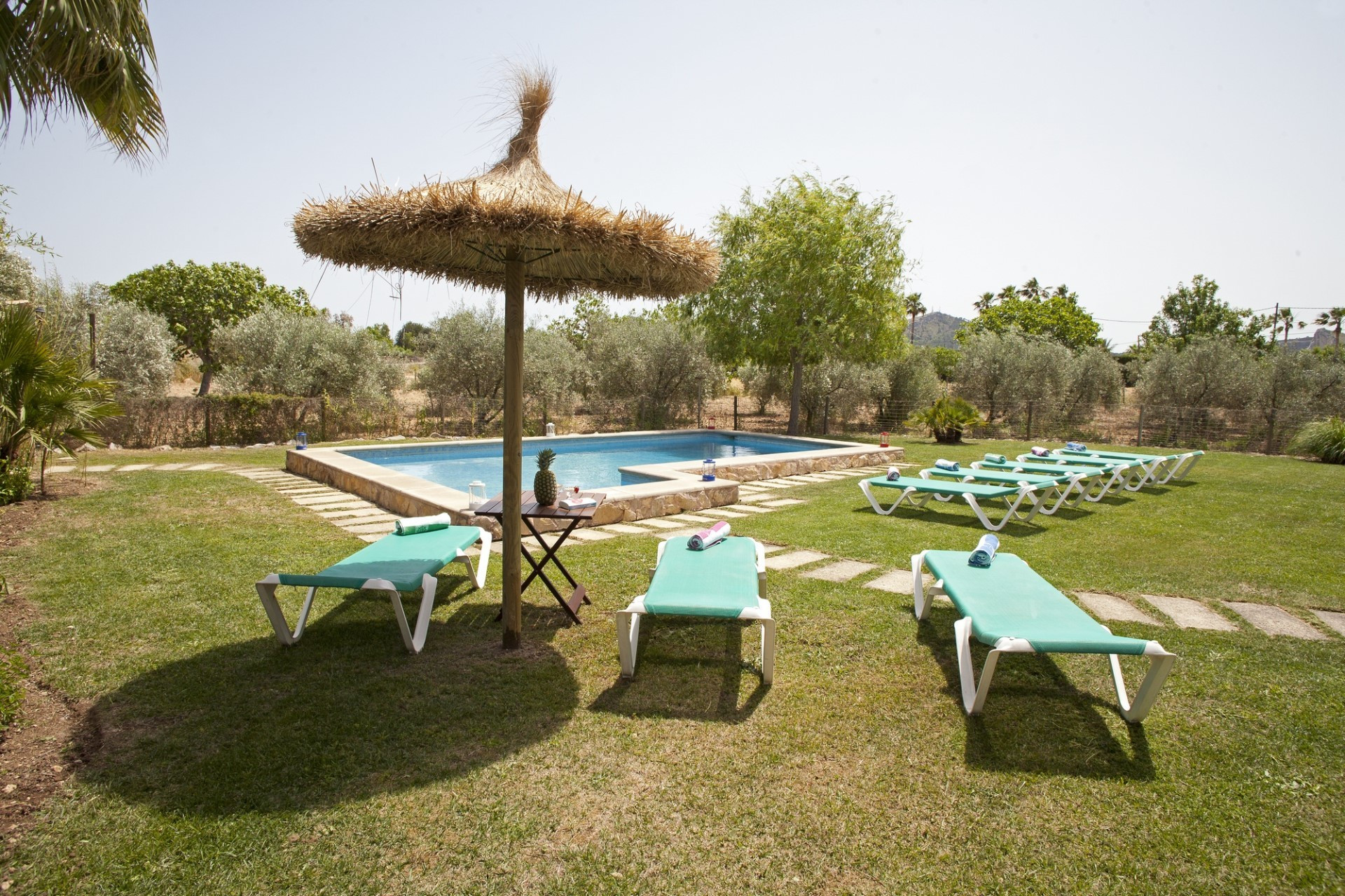 Modern 4 Bedroom Villa Pollenca Large Pool and Close to Amenities And Beach