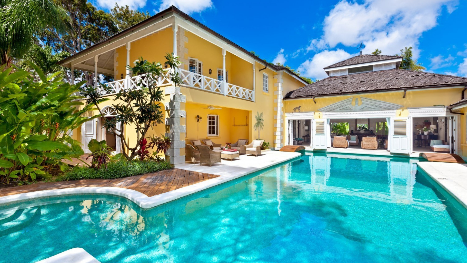 Luxury 7 Bedroom Villa Sandy Lane Private Pool and Badminton Court