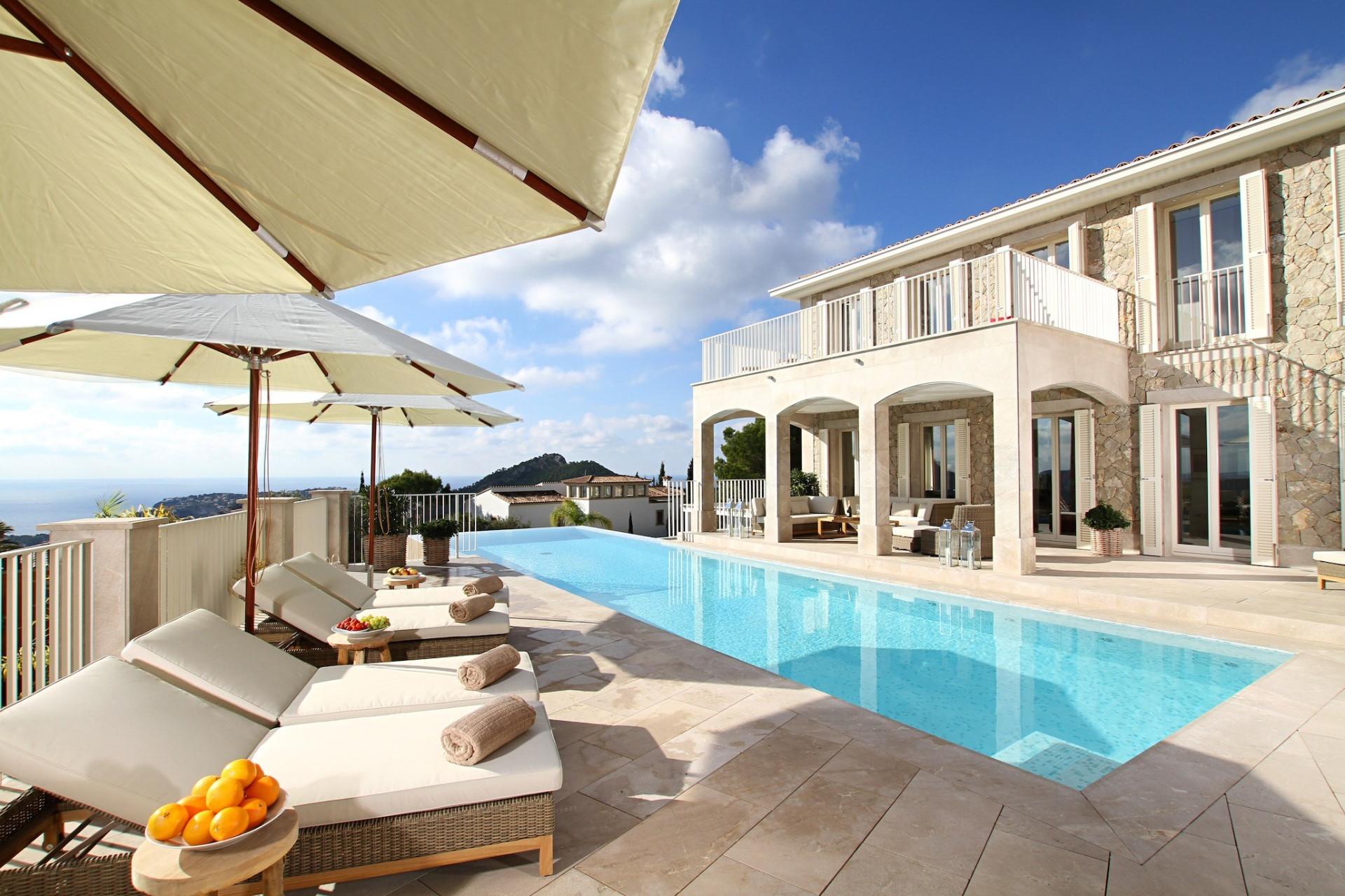 6 Bedroom Villa Andratx Luxury Villa With Infinity Pool &  Games Room