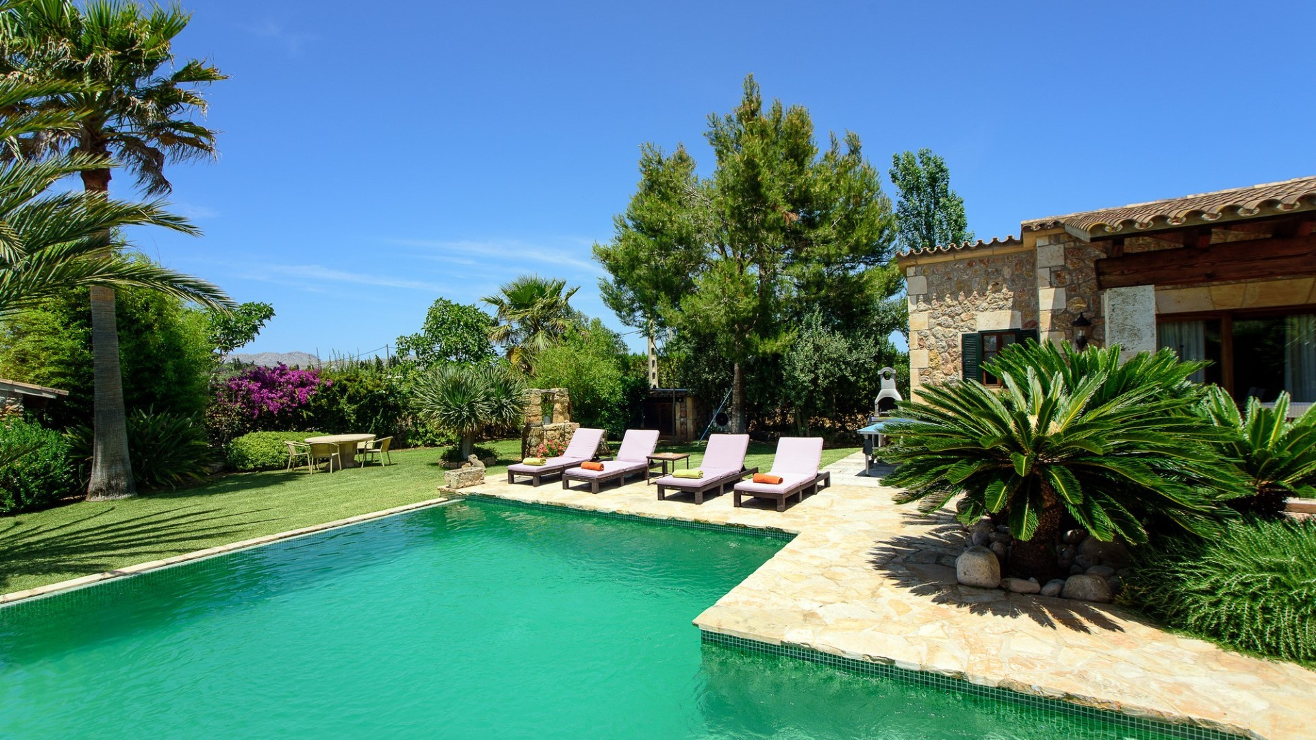 Modern 2 Bedroom Villa Pollenca| Large Private Pool & Table Tennis Table