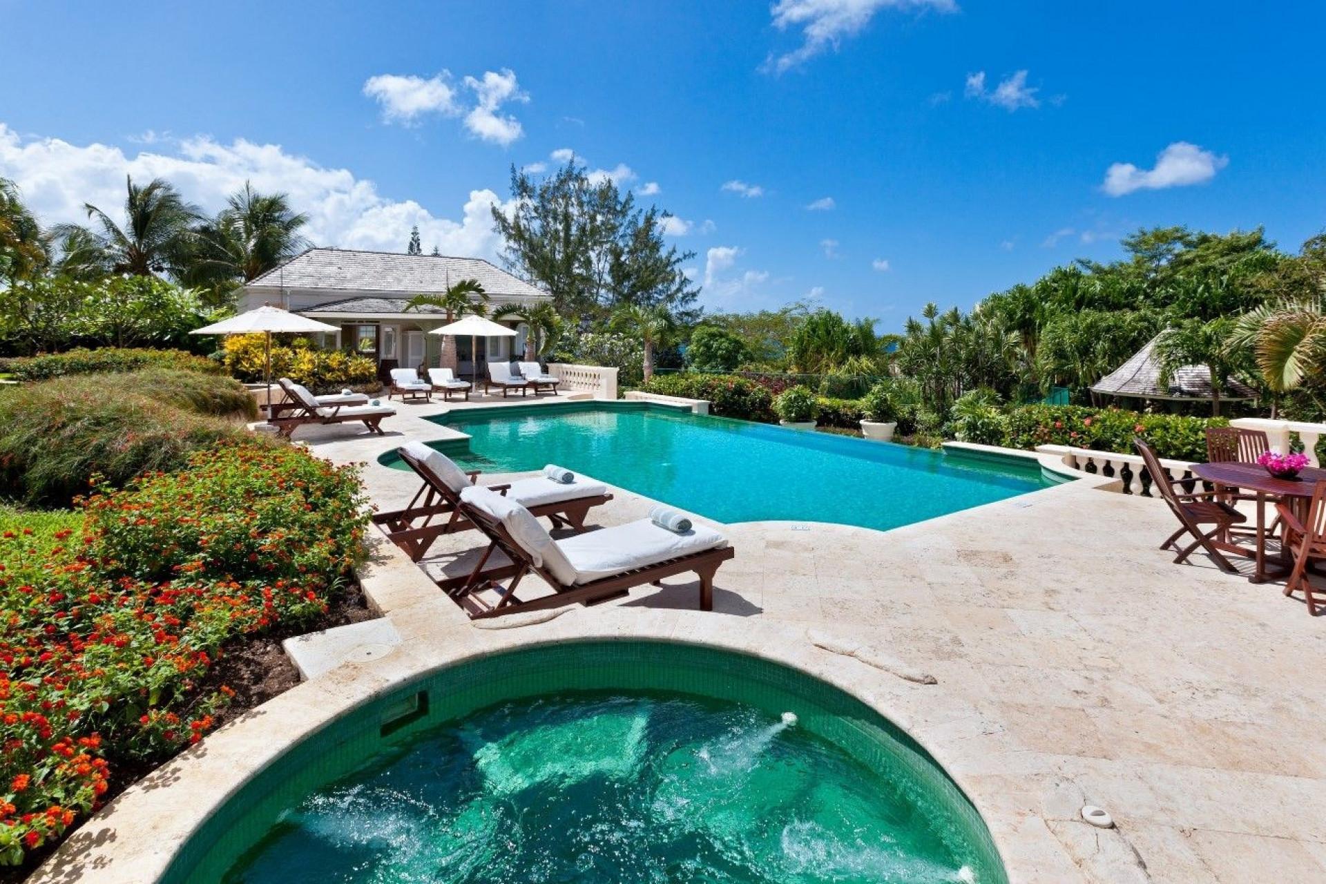 Luxury 6 Bedroom Villa Sugar Hill Private Pool, Plunge Pool & Tennis Court