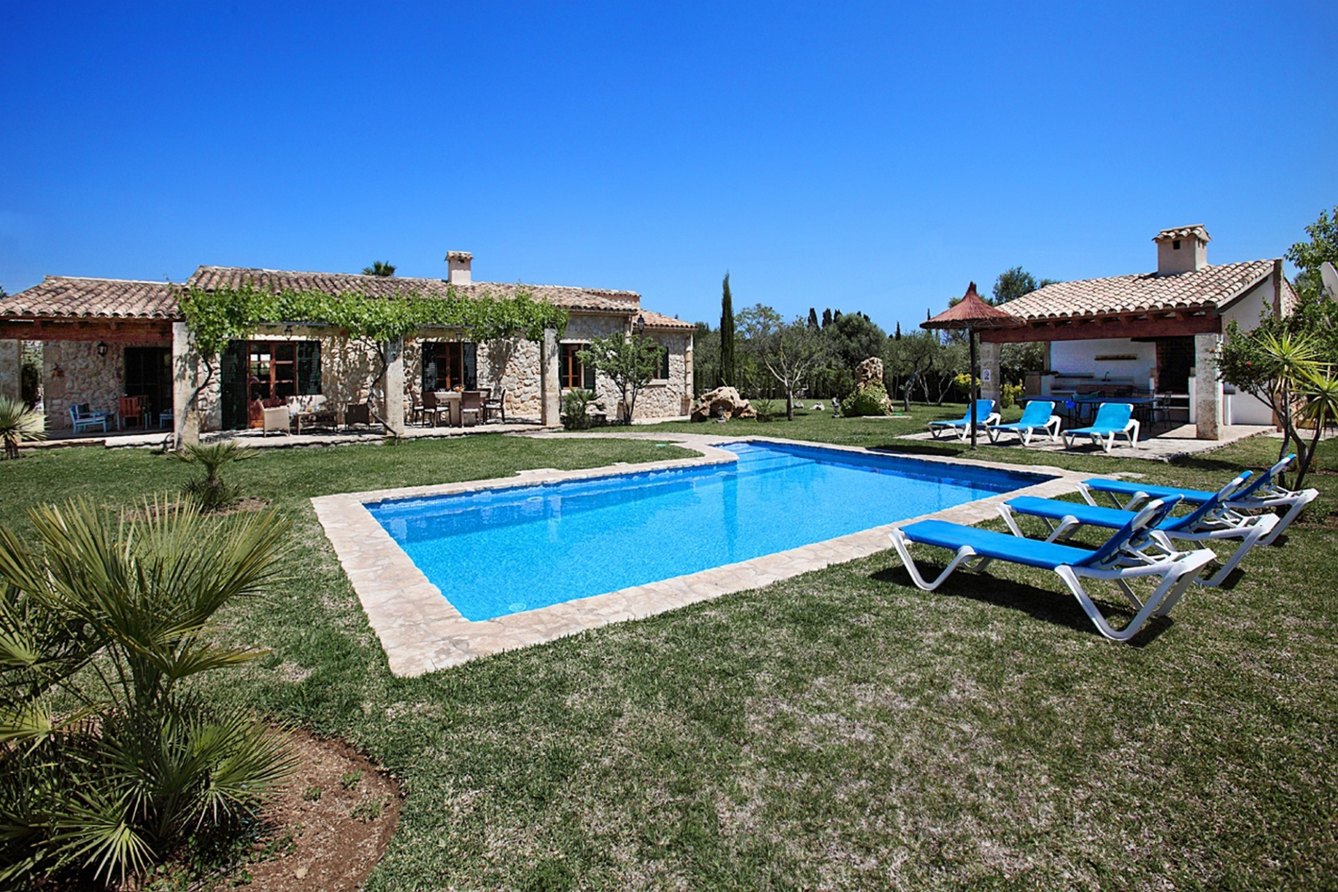 Luxury 3 Bedroom Villa Pollenca Private Pool Close to The Beach And Golf