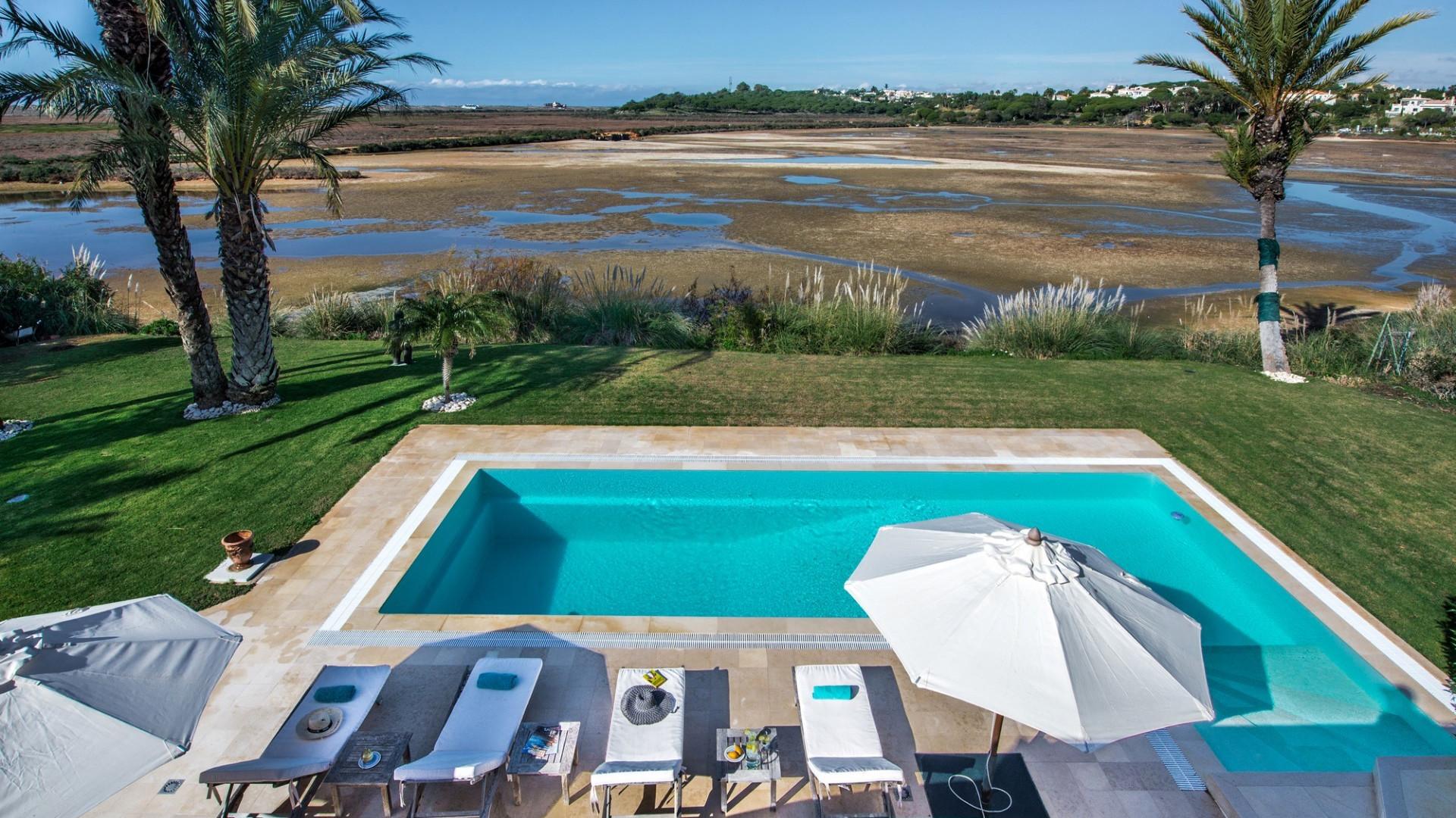Luxury 4 Bedroom Villa Quinta do Lago Private Pool Close To The Beach