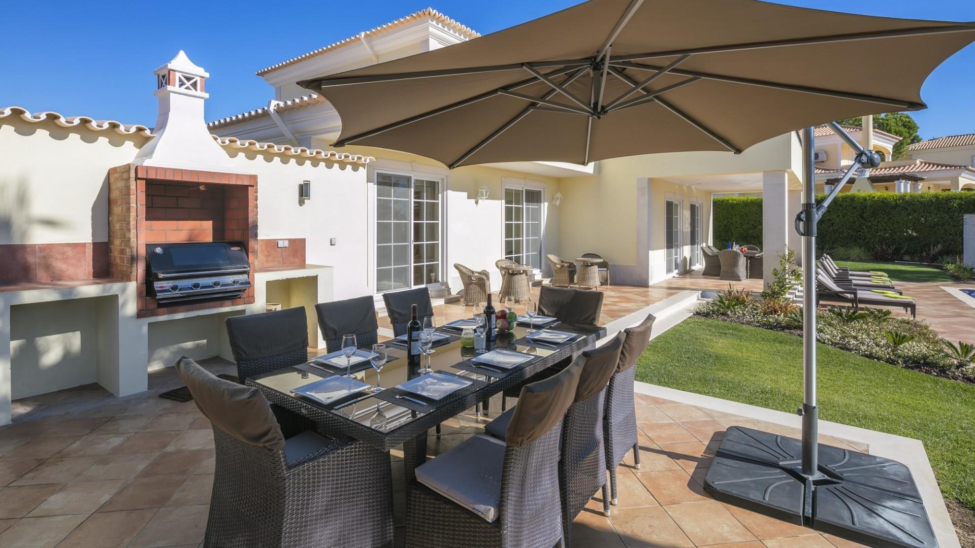 Luxury 5 Bedroom Villa Varandas Do Lago Private Pool and Bbq